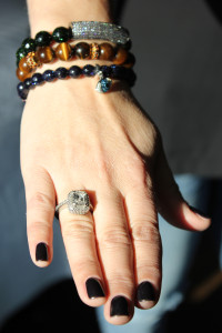 Synenberg displays the engagement ring she unknowingly designed before her husband, Eric, proposed to her.